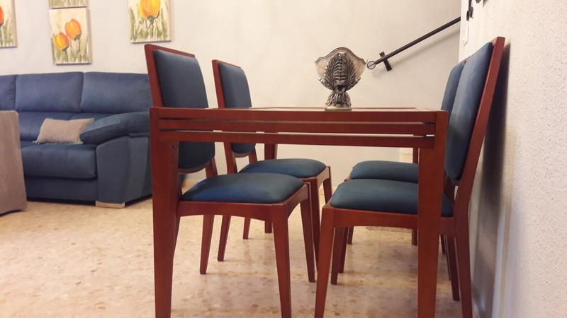 Tapizado de sillas butacas taburetes tapicer a - Tapizado de butacas ...