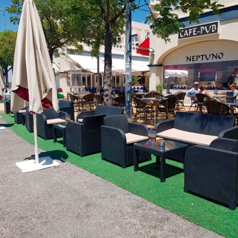 Tapizado mobiliario Café-Pub Neptuno de Huelva