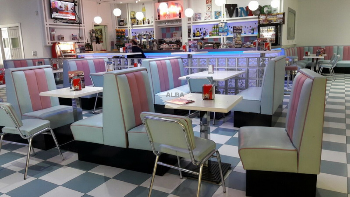 Restaurante Jenny Vintage | Carrefour Úbeda | Tapizado de mobiliario